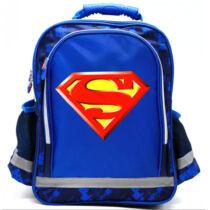 Supermanes iskolatáska alsósoknak